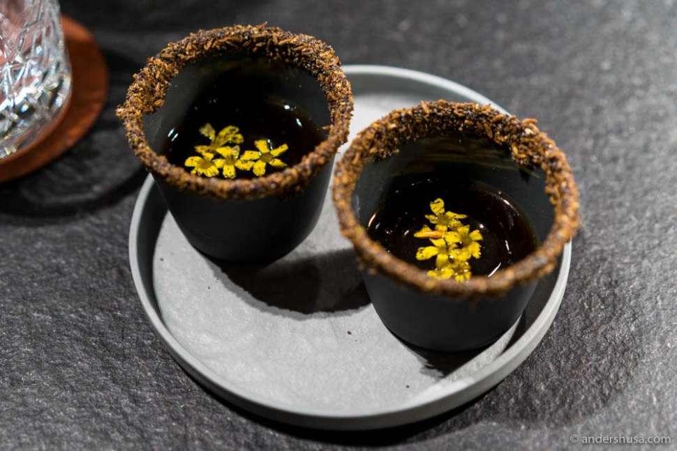 Hot broth of cep mushrooms, kelp oil & pickled ramson stems