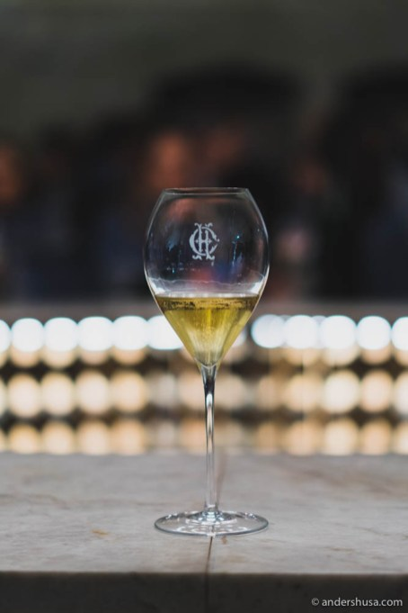 1989 Brut – forest floor and mushroom scents meets a refreshing citrusy aroma.