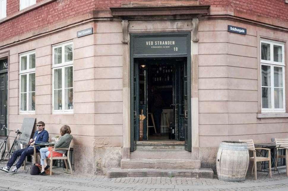 Ved Stranden 10 in Copenhagen. A great place for natural wines. Photo: Linn Johnsen