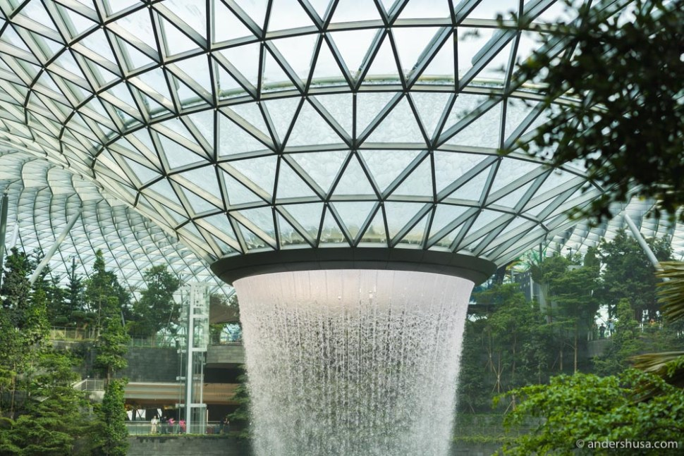 The Jewel has the largest indoor waterfall (the Rain Vortex).