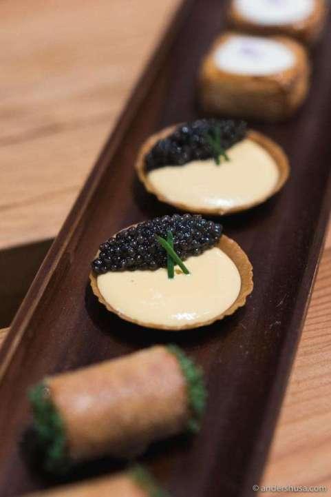 Uni caviar tartelettes.