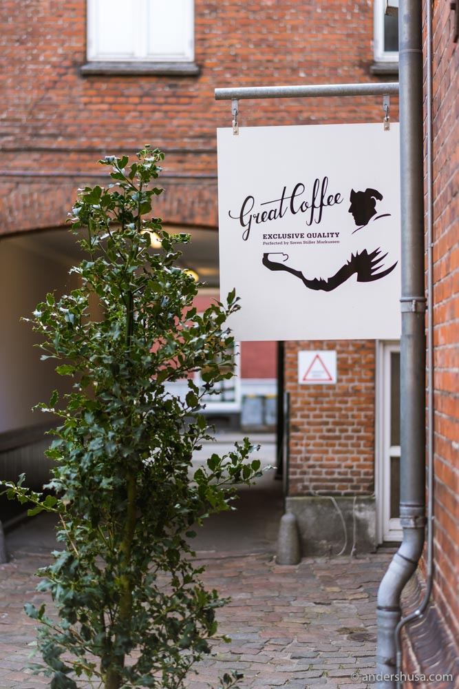 Stiller's Coffee (formerly named Great Coffee) is situated in a back alley of Aarhus' Latin Quarter.