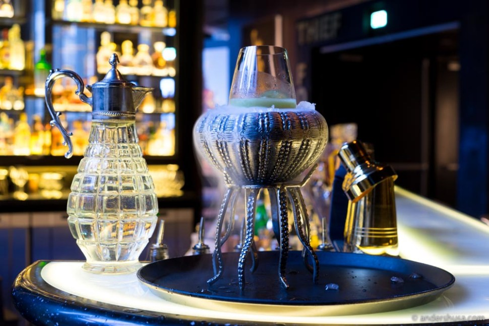 This is our list of the best cocktail bars in Oslo.