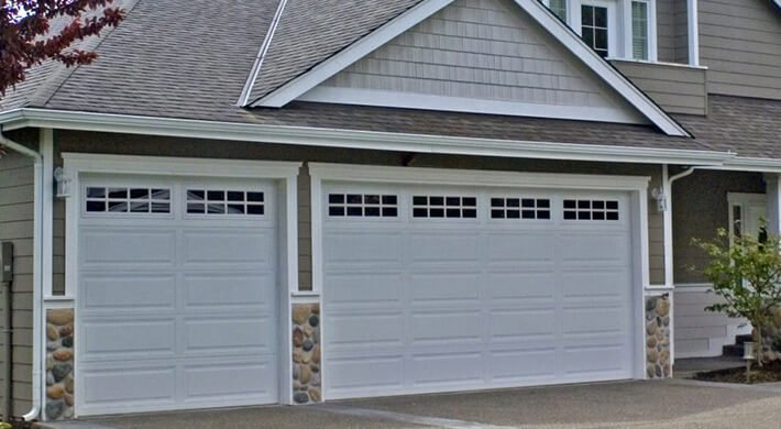 500 Series white garage doors in logan utah