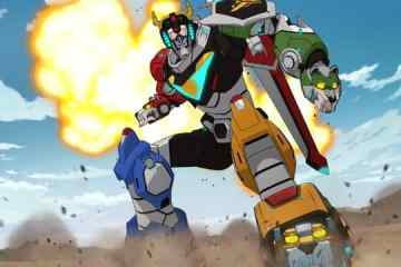 DreamWorks Voltron Legendary Defender On June 10th gets a new trailer. 15