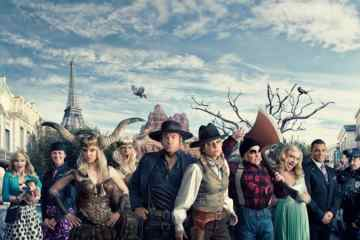 """Anna Faris and Rhys Darby Team With Air New Zealand to Demonstrate """"Safety In Hollywood"""" 19"""