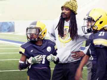 Coach Snoop Hits Netflix on February 2 40