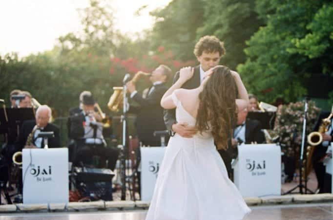 4 Tips to choosing a live band for your wedding reception 3