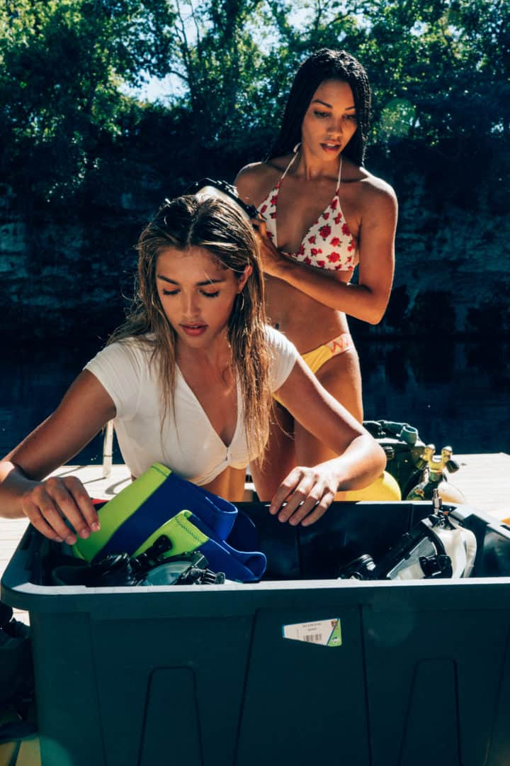 Sistine Stallone and Corinne Foxx in 47 Meters Down Uncaged