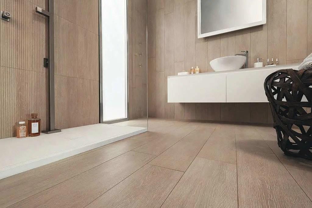 Piastrelle per il bagno effetto legno allways puro design - Bagno pavimento legno ...