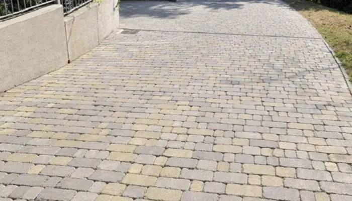 pavimento esterno con autobloccanti