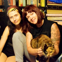 Ola's Kool Kitchen 341 with guest DJ Zia McCabe from The Dandy Warhols