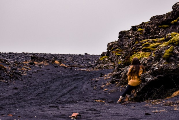Selatangar | REYKJANES PENINSULA TRAVEL GUIDE AND ITINERARY | www.andiamoaurora.com | Explore Iceland's Reykjanes Peninsula with a one-day road trip with more than 20-must see sites