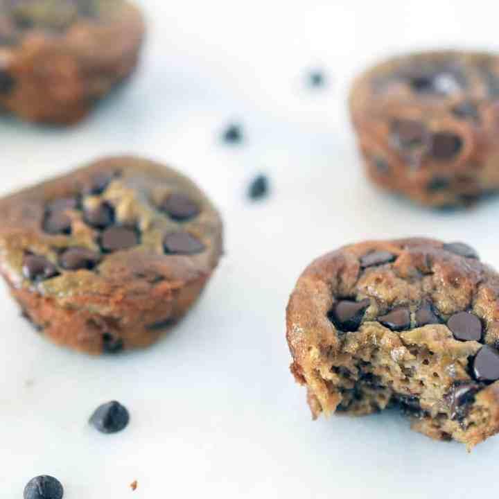 Flourless Banana Chocolate Mini Muffins