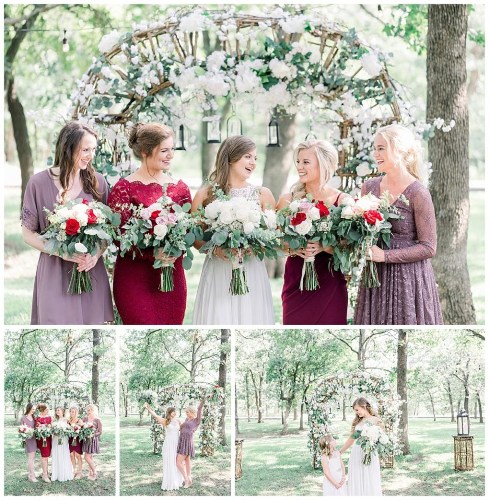 Bridesmaids with floral bouquets at alter at PostOak Lodge in Tulsa, OK| Tulsa Wedding Photographer| Rustic wedding| PostOak Lodge Wedding| Destination Wedding Photographer| Andi Bravo Photography
