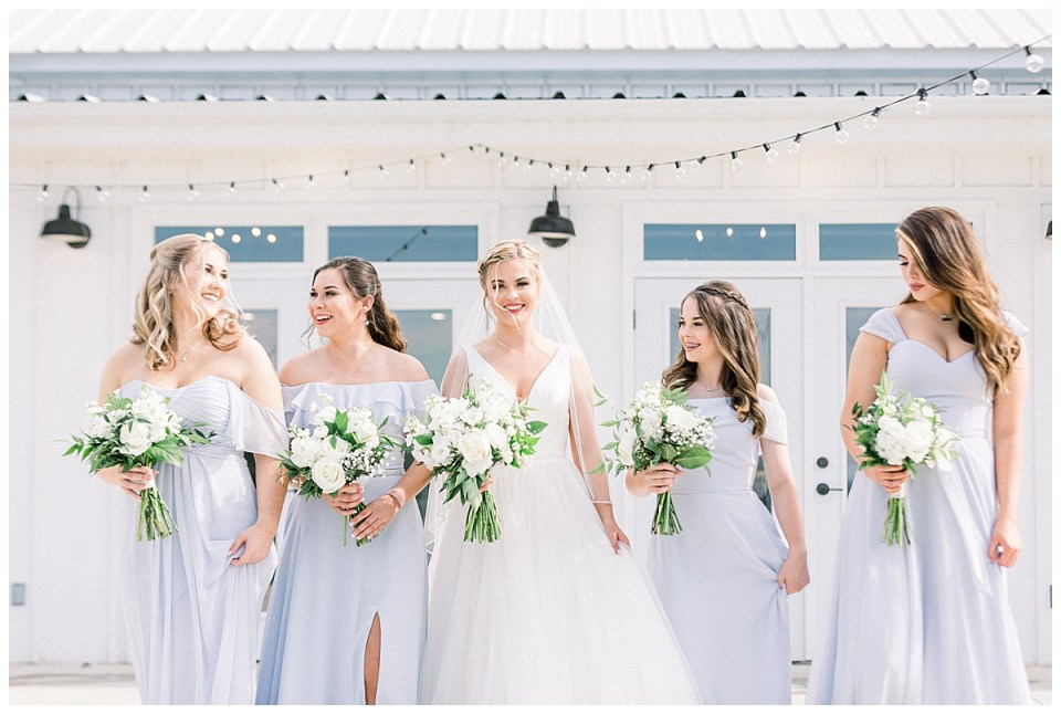 Bride and bridesmaids| The View At Hillside Barn Wedding| Countryside Wedding|  Tulsa Wedding Photographer| Andi Bravo Photography