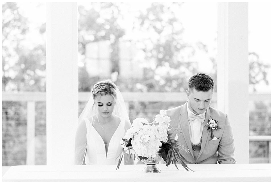 The View At Hillside Barn Wedding| Countryside Wedding|  Tulsa Wedding Photographer| Andi Bravo Photography
