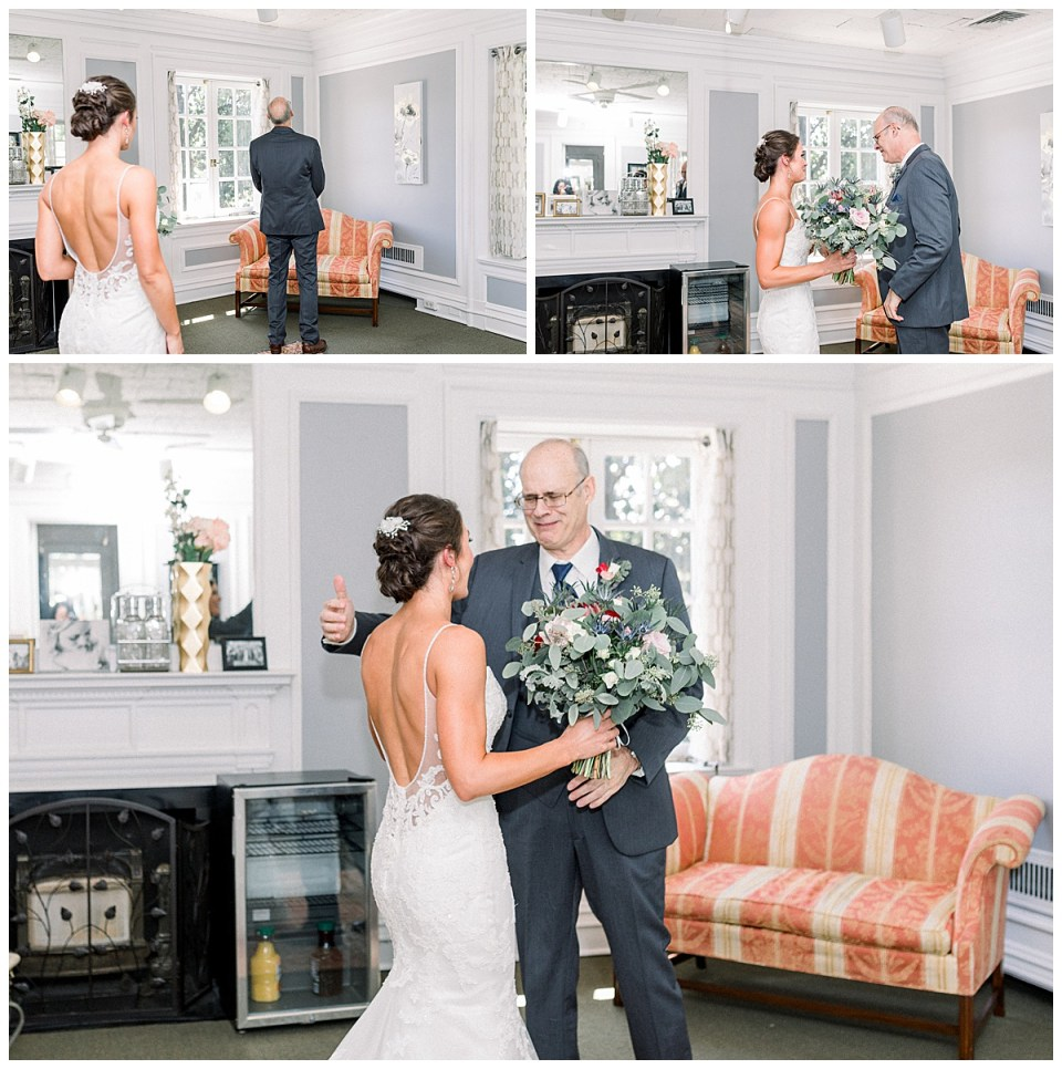 Bride's first look with her father at The Mansion At Woodward Park| Tulsa wedding venue| Tulsa wedding photographer| Andi Bravo Photography