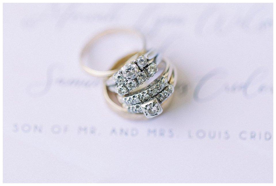 Gold diamond wedding rings