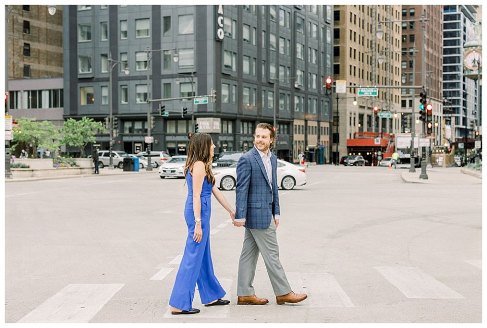 Couple crossing street in Chicago