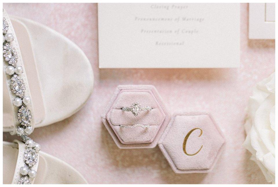 Teardrop shaped wedding ring and wedding heels
