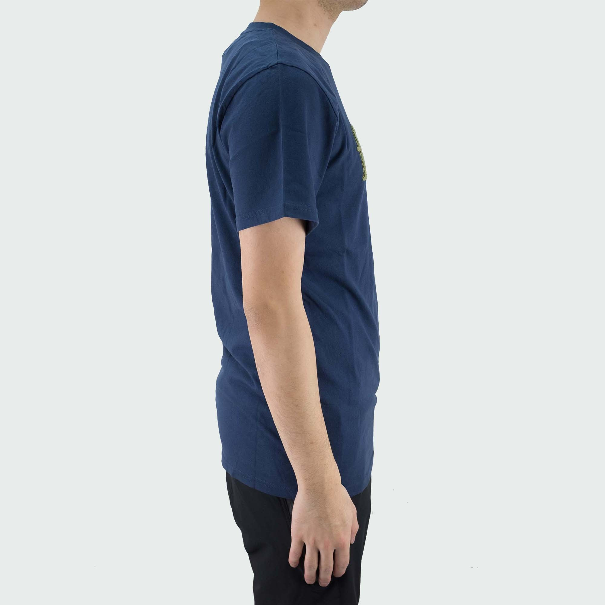 forét Log T Shirt - Navy/Olive