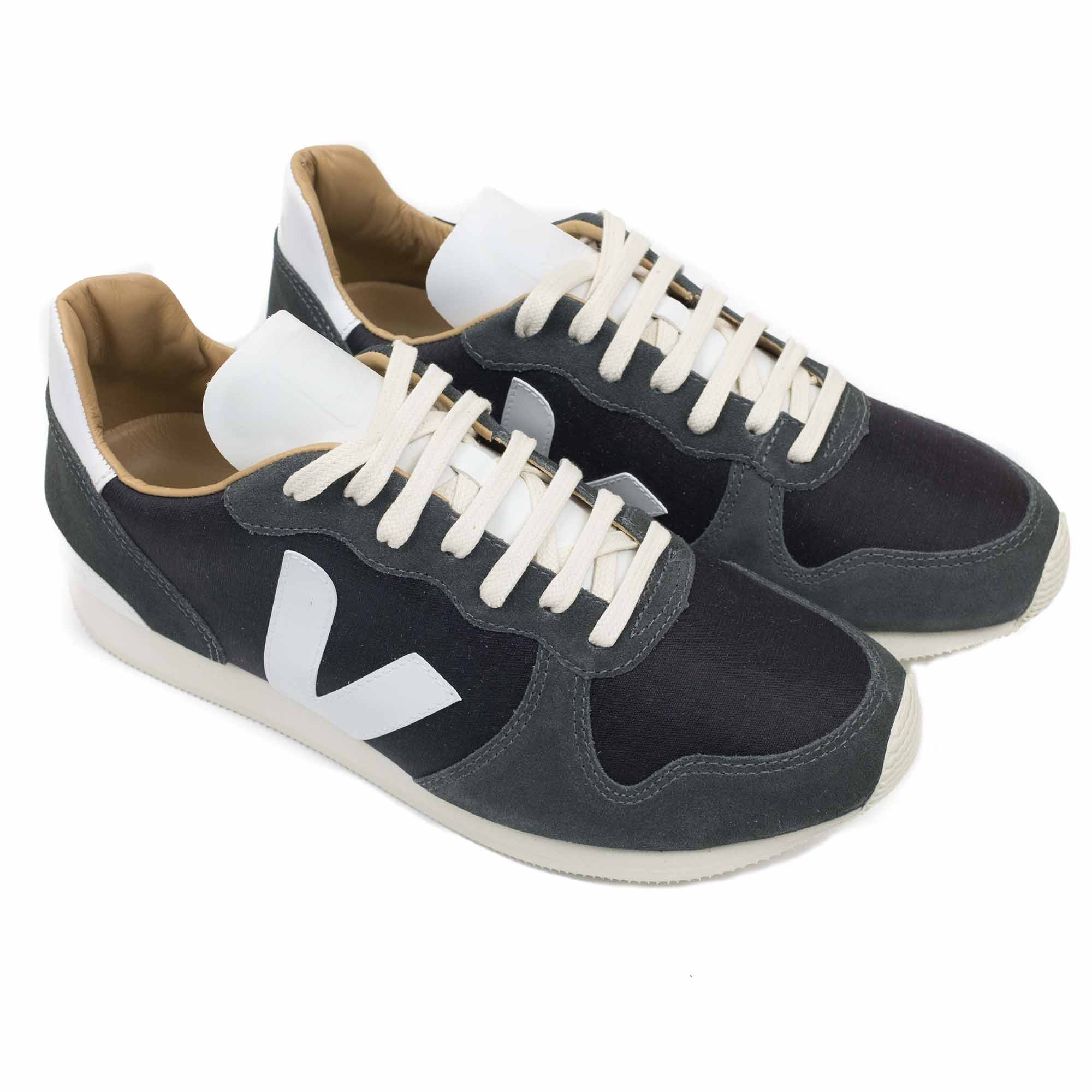 Veja Holiday Bastille Tafta - Black Grafite White