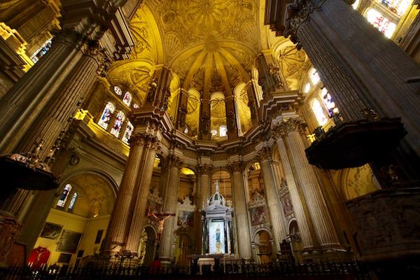 Interior Catedral Basílica de la Encarnación