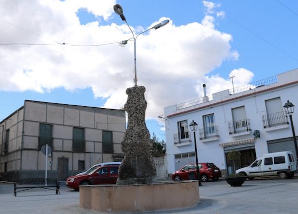 Fuente Plaza Maestro Barco