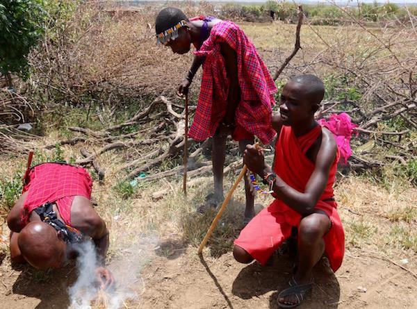 Fuego Tribu Maasai-Andorreando por el Mundo