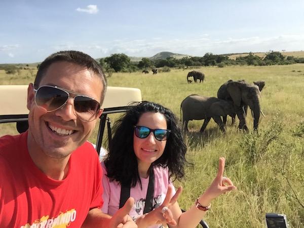 Selfi Elefante Maasai Mara-Andorreando por el Mundo