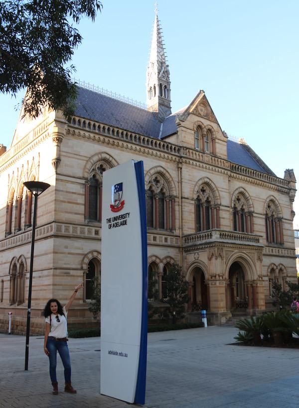 Universidad Adelaida-Andorreando por el Mundo