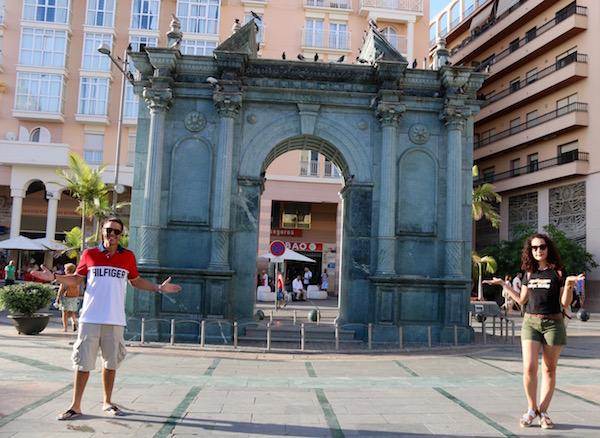 Puerta Hospital Real