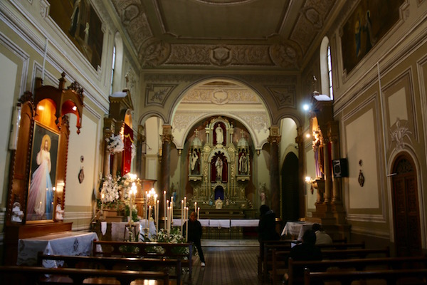 Interior Iglesia San Bernardo