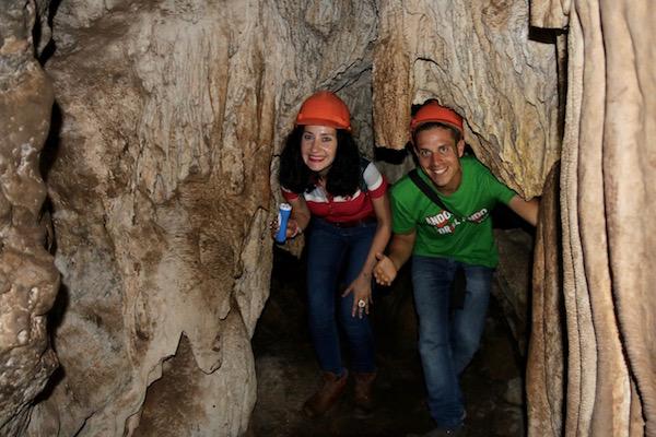 Interior cueva Batu Cermin