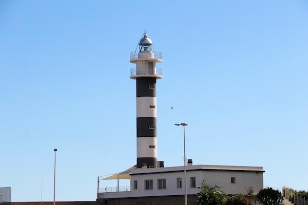 Faro punta Negra