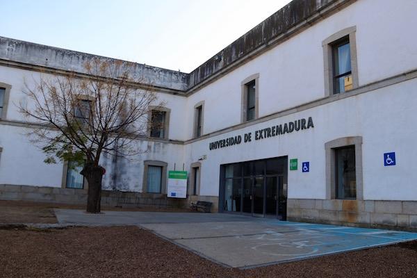 Facultad Universidad Extremadura