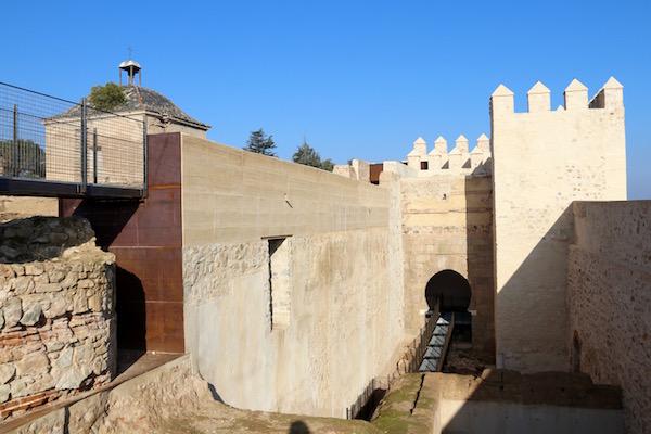 Restos Casa Fuerte de Hernán de Solís