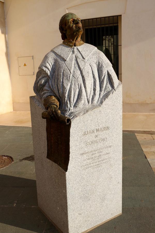 obispo Martín de Rodezno