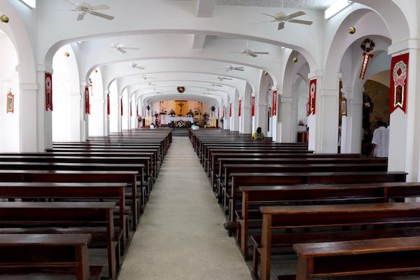 Interior Iglesia San Benedicto