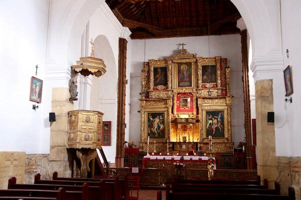 Altar mayor iglesia.