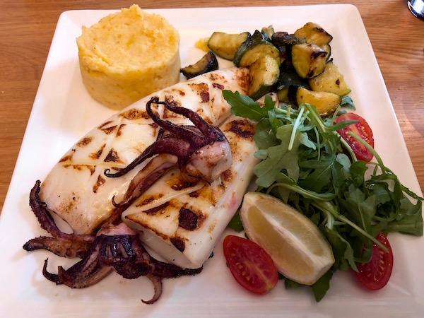 Calamar, Restaurante L'Osteria.