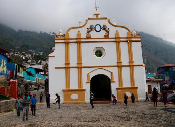 Iglesia de Santa Catarina Palopó.