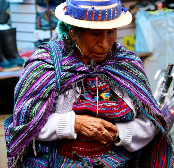 Mujer Indígena, en el pueblo de Todos Santos.