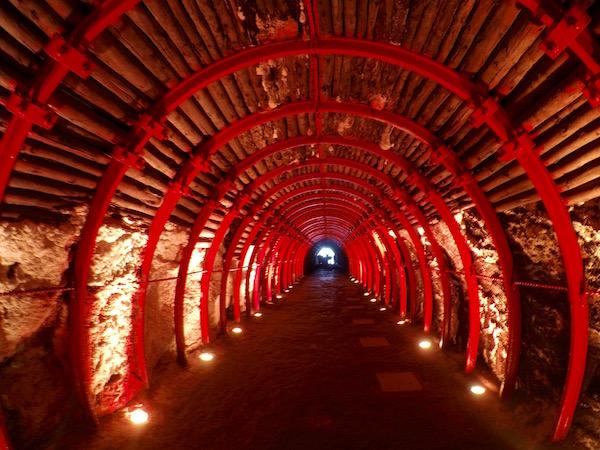 Túnel de la catedral de Sal Zipaquirá.
