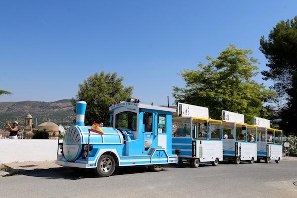 tren turístico de la empresa Ruta Turísticas Montefrío.