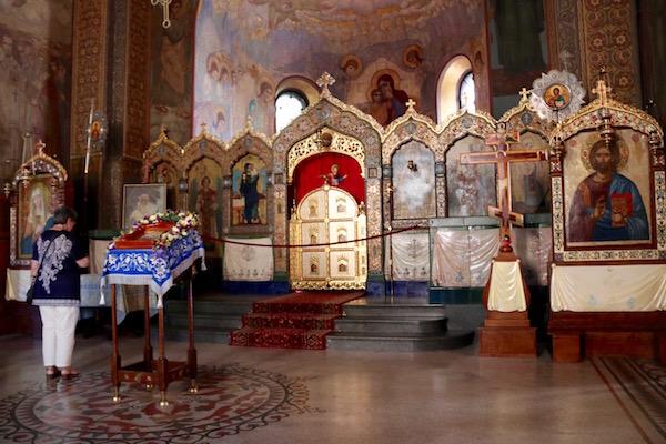 Interior Iglesia Rusa de Sveti Nilolai.
