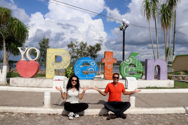 Letras Petén.