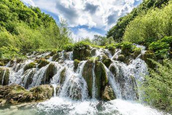 Wasserkaskaden im Nationalpark Plitvicer Seen