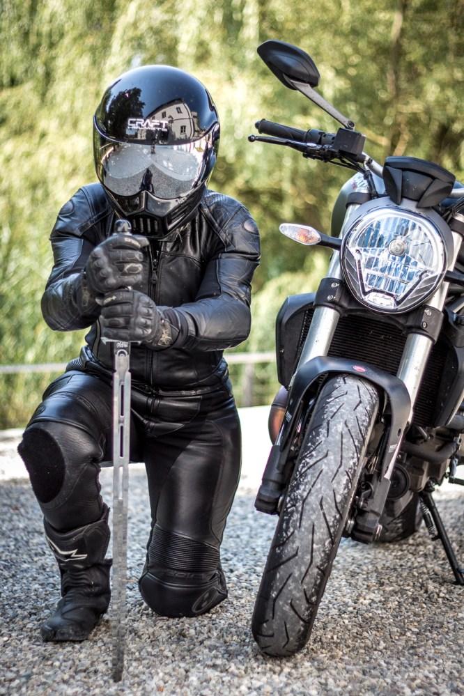 Ducati-Monster-Shooting-14